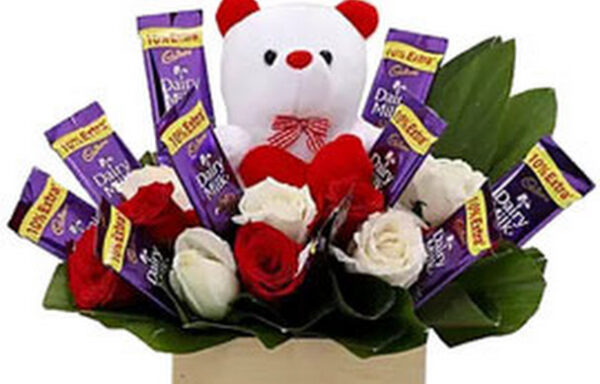 Adorable bouquet with  sweet teddy (code:130)