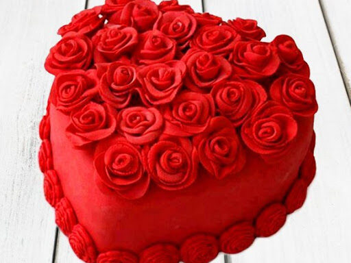 1 kg Sizzling cake for valentine's day (code:236)