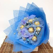 16 ferrero rocher paper bouquet (code: 244)